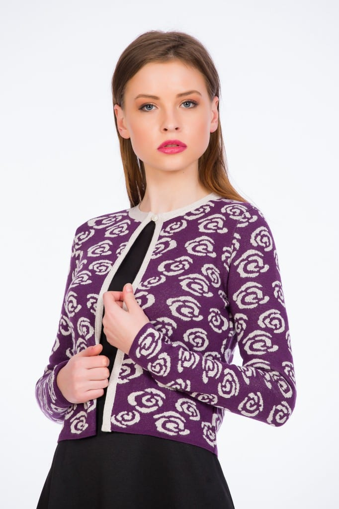 Jachetă Tricotată Mov Cu Trandafiri